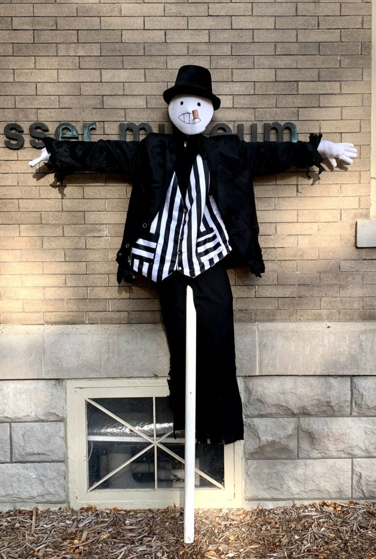 Scarecrows and Jack-o-Lanterns bring Fall fun to Muscatine Art Center grounds