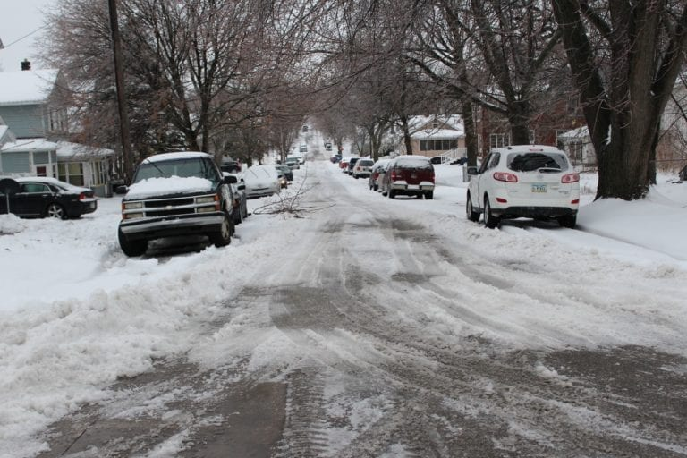 No snow emergency yet; public assistance is urged