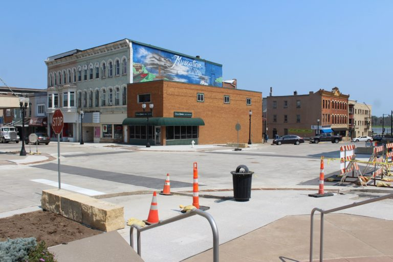 On Schedule: Iowa Avenue-2nd Street intersection reopens to traffic