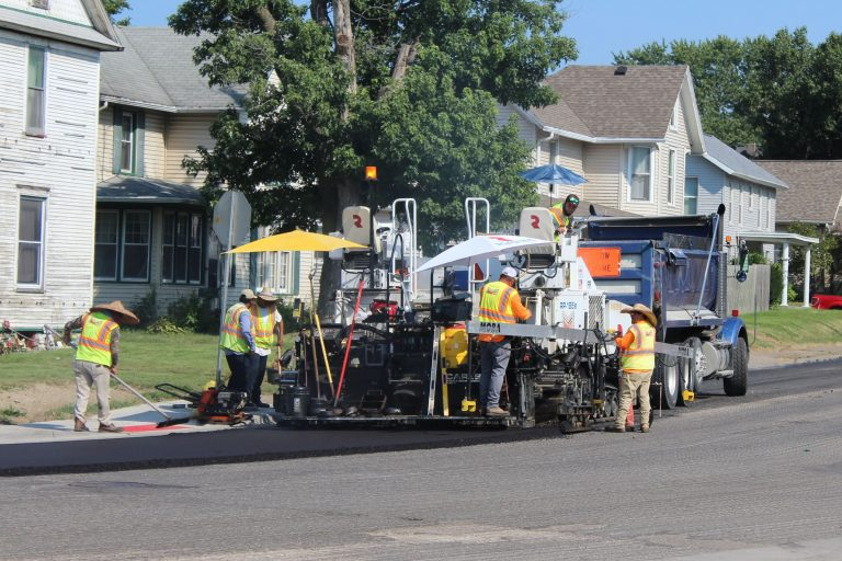 Expect traffic delays as asphalt overlay continues on Park Avenue